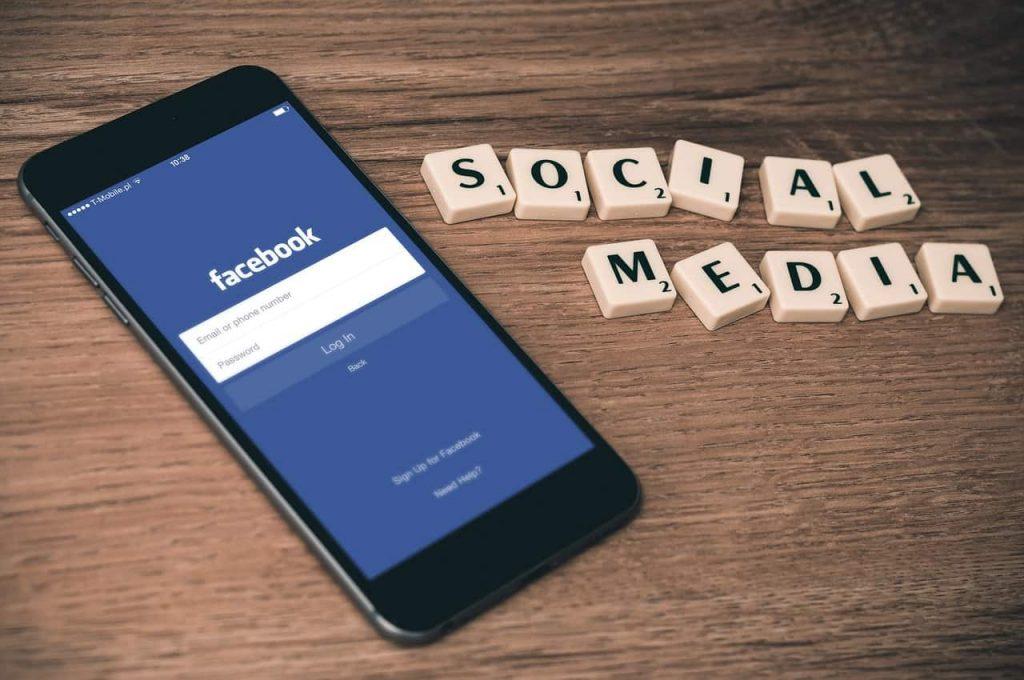 social media, facebook app opened