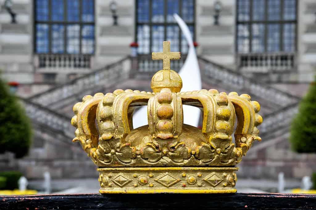 crown, king